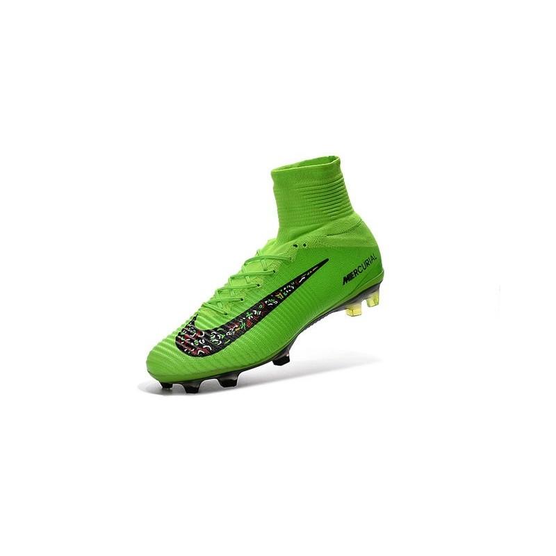 sale retailer 1d2a3 9de0a Chaussures de Cristiano Ronaldo Nike Nouvelles 2016 Mercurial Superfly V FG  Vert