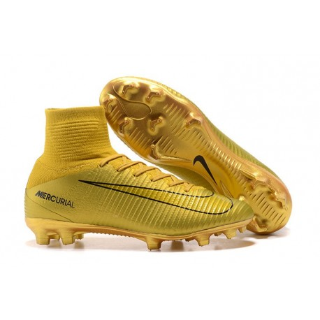 Crampons Football Nouveaux Nike Mercurial Superfly V FG - Ronaldo CR7 Or